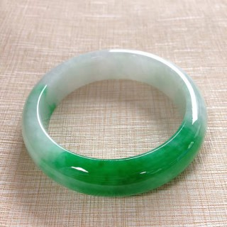 缅甸老坑正圈翡翠手镯天然阳绿玉镯子冰种贵妃玉石手镯女款翡翠玉镯